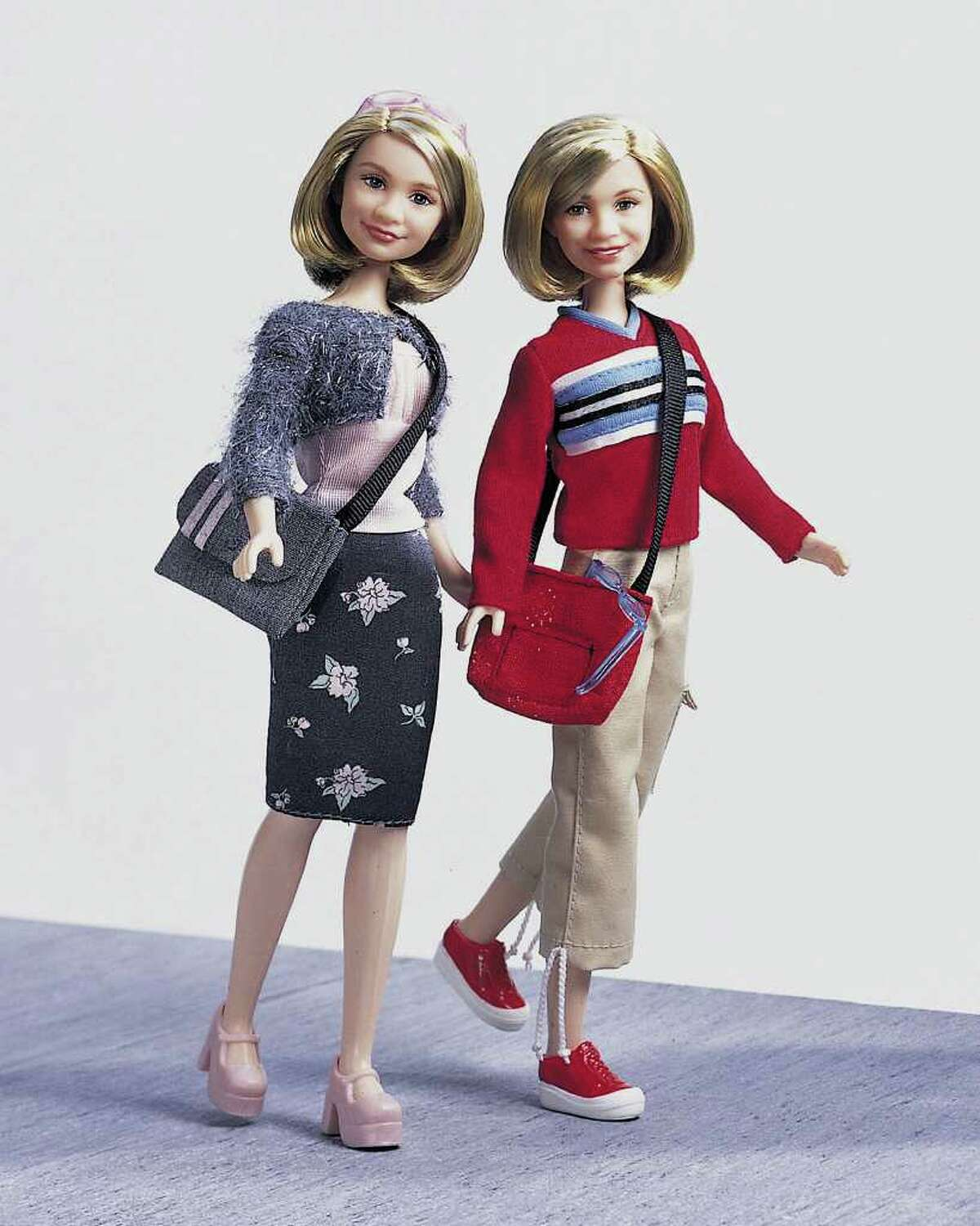 Mary-Kate and Ashley are represented on September 15, 2000 in a line of toy celebrity dolls by the toy company Mattel.