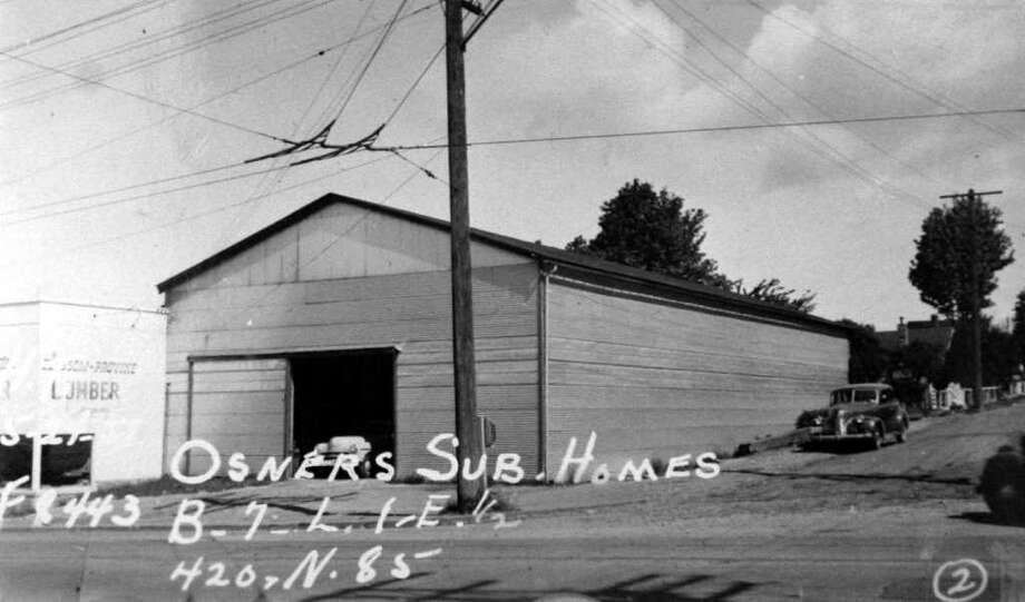 This photo, taken by an assessor, is part of the state archives. This photo includes the date and other marks indicate the property description. Photo: Puget Sound Regional Branch Of The Washington State Archives