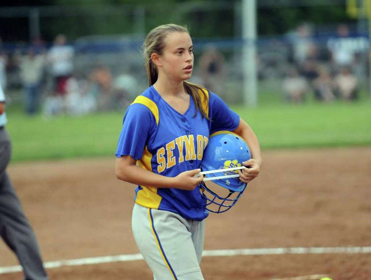 Highlights from Class M State Championship softball action between Seymour and Sacred Heart Academy in West Haven, Conn. on Friday June 10, 2011.