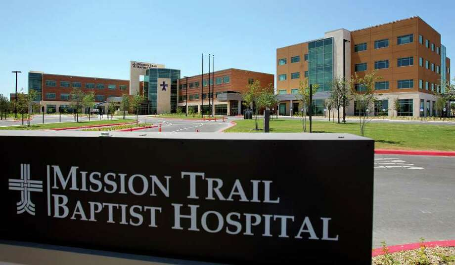 The 220,000-square-foot Mission Trail Baptist Hospital is part of the Baptist Health System. It is at Brooks City-Base and replaces Southeast Baptist Hospital. Photo: TOM REEL, SAN ANTONIO EXPRESS-NEWS / © 2011 San Antonio Express-News