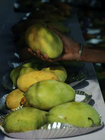 No. 7: mangoes. Photo: DIPTENDU DUTTA, AFP/Getty Images / 2011 AFP