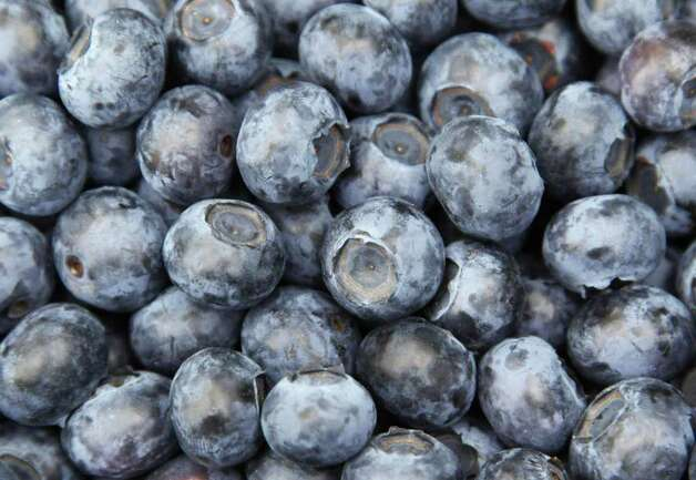 No. 10: domestic blueberries. Photo: MICHAEL URBAN, AFP/Getty Images / 2009 AFP