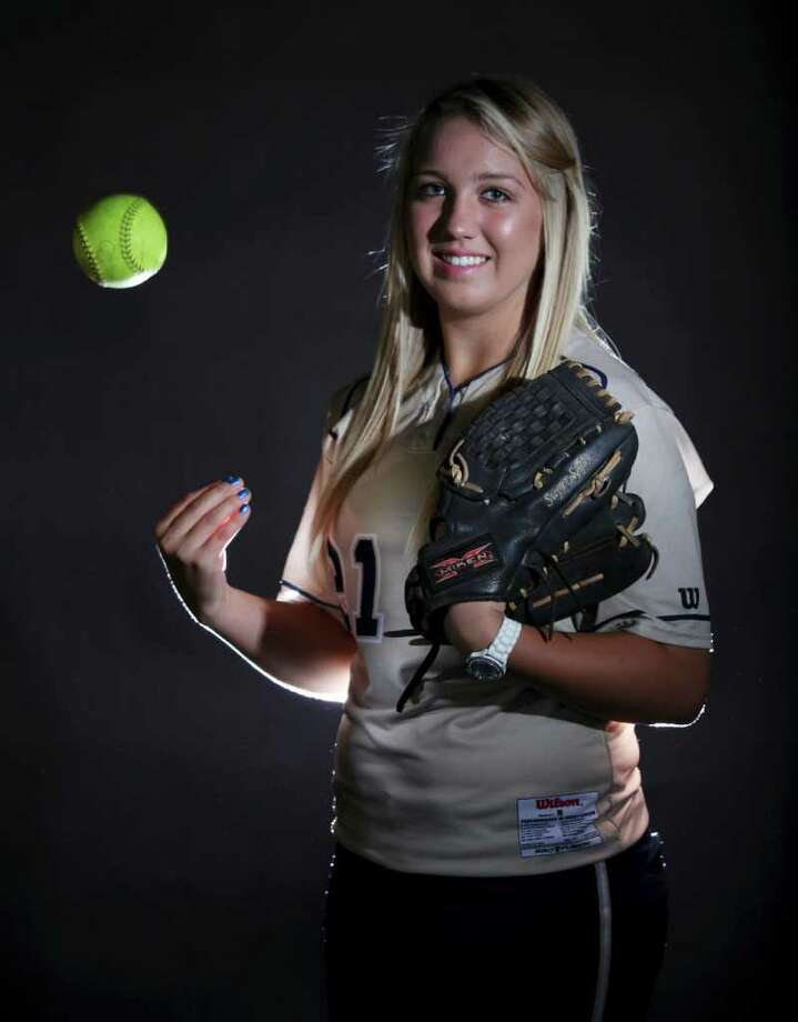 O'Connor softball pitcher Kenedy Urbany, 2011 Super Team  EDWARD A. ORNELAS/eaornelas@express-news.net Photo: EDWARD A. ORNELAS, Express-News / SAN ANTONIO EXPRESS-NEWS NFS