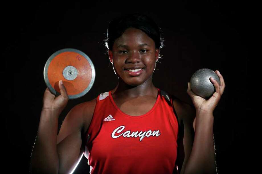 New Braunfels Canyon shot putter and discus thrower Chamaya Turner, 2011 Super Team EDWARD A. ORNELAS/eaornelas@express-news.net Photo: EDWARD A. ORNELAS, Express-News / SAN ANTONIO EXPRESS-NEWS NFS