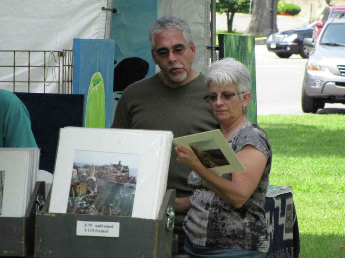 Were you seen at the New Milford Outdoor Art Festival on Saturday, June 18, 2011?