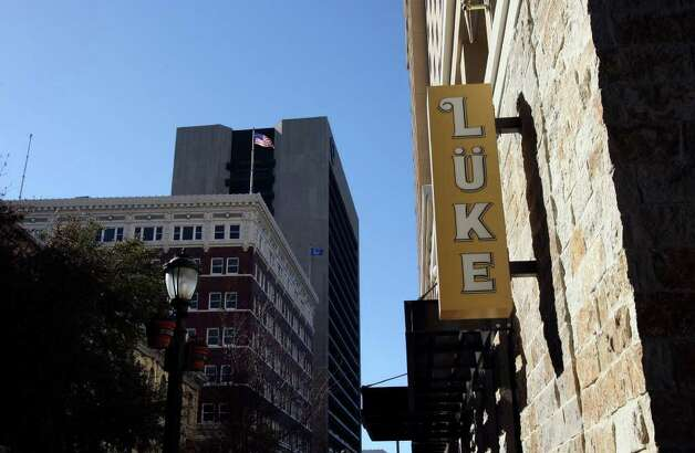 Lüke, 125 E. Houston St., tied for the Readers' Choice award for best new restaurant. Photo: Helen L. Montoya/hmontoya@express-news.net / hmontoya@express-news.net