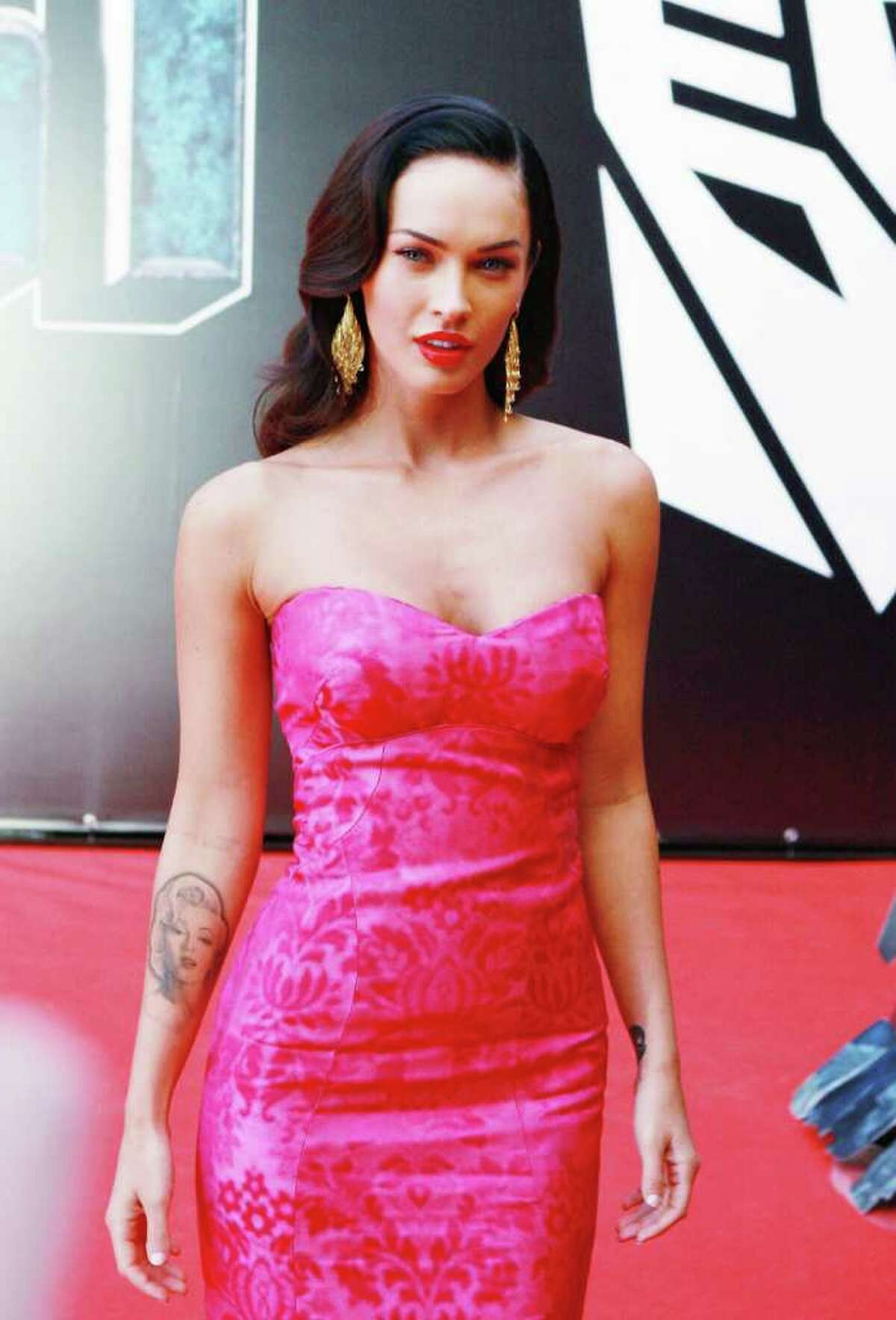 Director Michael Bay just confirmed that actress Megan Fox was replaced in