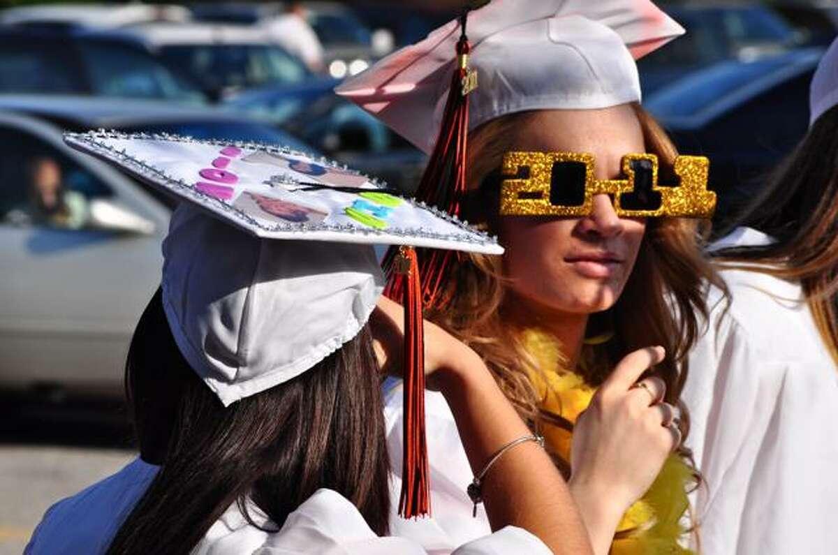 SEEN: Shelton High School Graduation 20/06/2011