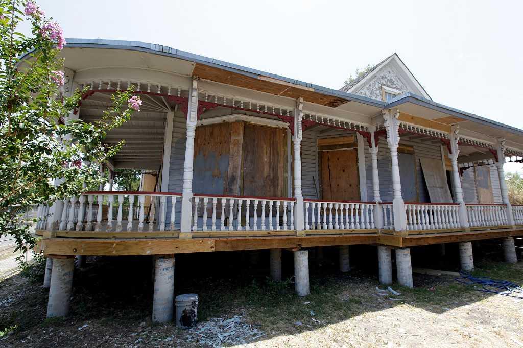 New Role For Burnett House San Antonio Express News