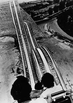 Another view from the Colossus at Magic Mountain in 1979. Photo: Central Press, Getty Images / Hulton Archive