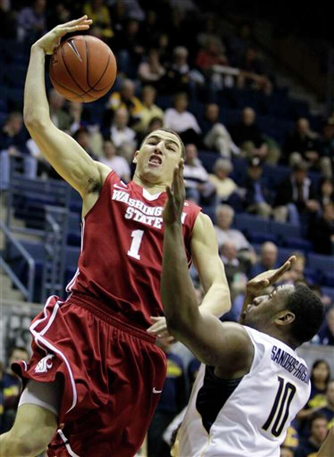 Washington State's Klay Thompson (1) going up for a shot against California's Markhuri Sanders-Frison during the first half of an NCAA college basketball game, in Berkeley, Calif. Thompson is a top prospect in the 2011 NBA draft.  (AP Photo/Ben Margot) Photo: Associated Press