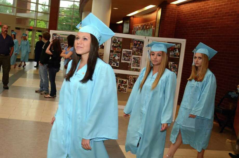 Oxford High School Class of 2011 commencement on Thursday, June 23, 2011. Photo: Amy Mortensen / Connecticut Post Freelance