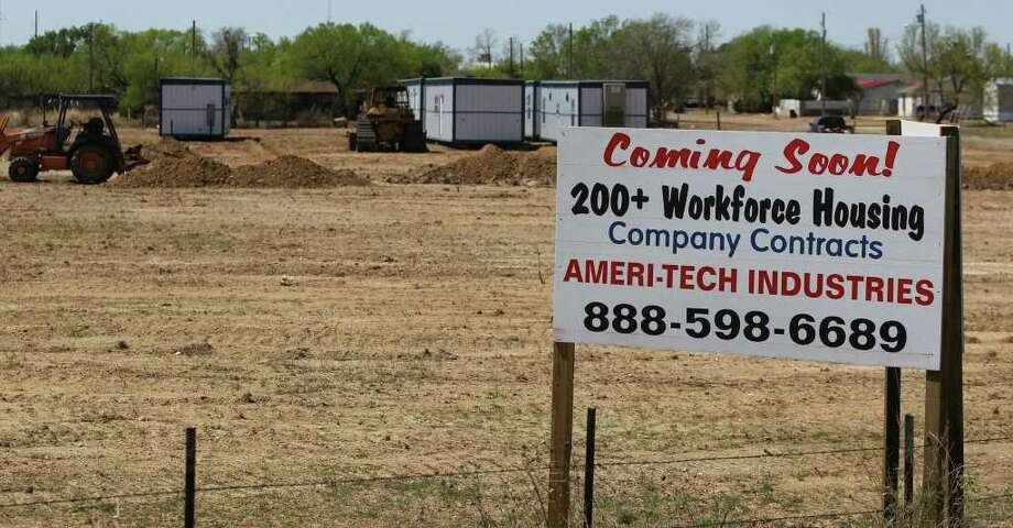 Housing for oil field workers has become an issue for small towns like Asherton, Texas with little to no hotel space available for lodging. Companies are moving in and putting up temporary housing for workers. Photo: JOHN DAVENPORT, JOHN DAVENPORT/jdavenport@express-news.net / SAN ANTONIO EXPRESS-NEWS (Photo may be sold to the public)