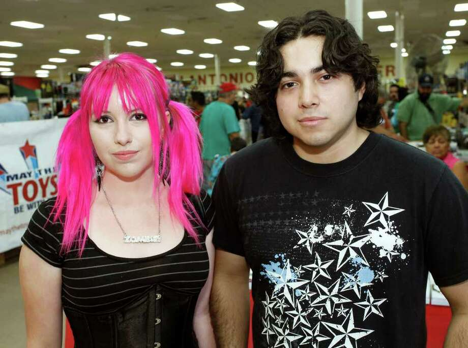 Cousins Kristen Lowak and John Lowak visit Texas Comicon on Friday, June 24, 2011, at the San Antonio Events Center. Photo: J. Michael Short/Special To The Express-News / THE SAN ANTONIO EXPRESS-NEWS