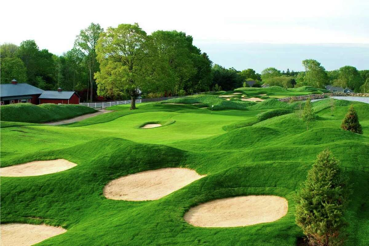 The Pound Ridge Golf Club is situated 25 minutes from the Delamar Greenwich Harbor, a distance that can now be bridged by shuttles, rental cars and limousines, all provided by the Delamar.
