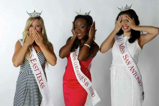 Jennifer Peter, Miss East Texas; Selina Affram, Miss Collegiate San Antonio; and Domonique Ramirez, Miss San Antonio HELEN L. MONTOYA/hmontoya@express-news.net Photo: HELEN L. MONTOYA, San Antonio Express-News / SAN ANTONIO EXPRESS-NEWS