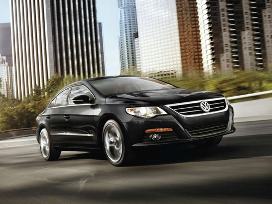 2012 Volkswagen CC R-Line (photo courtesy Volkswagen)