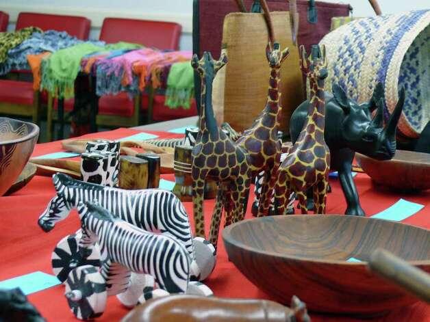 Kenyan Handmade Baskets : In kenya fairfielder makes home for kids need