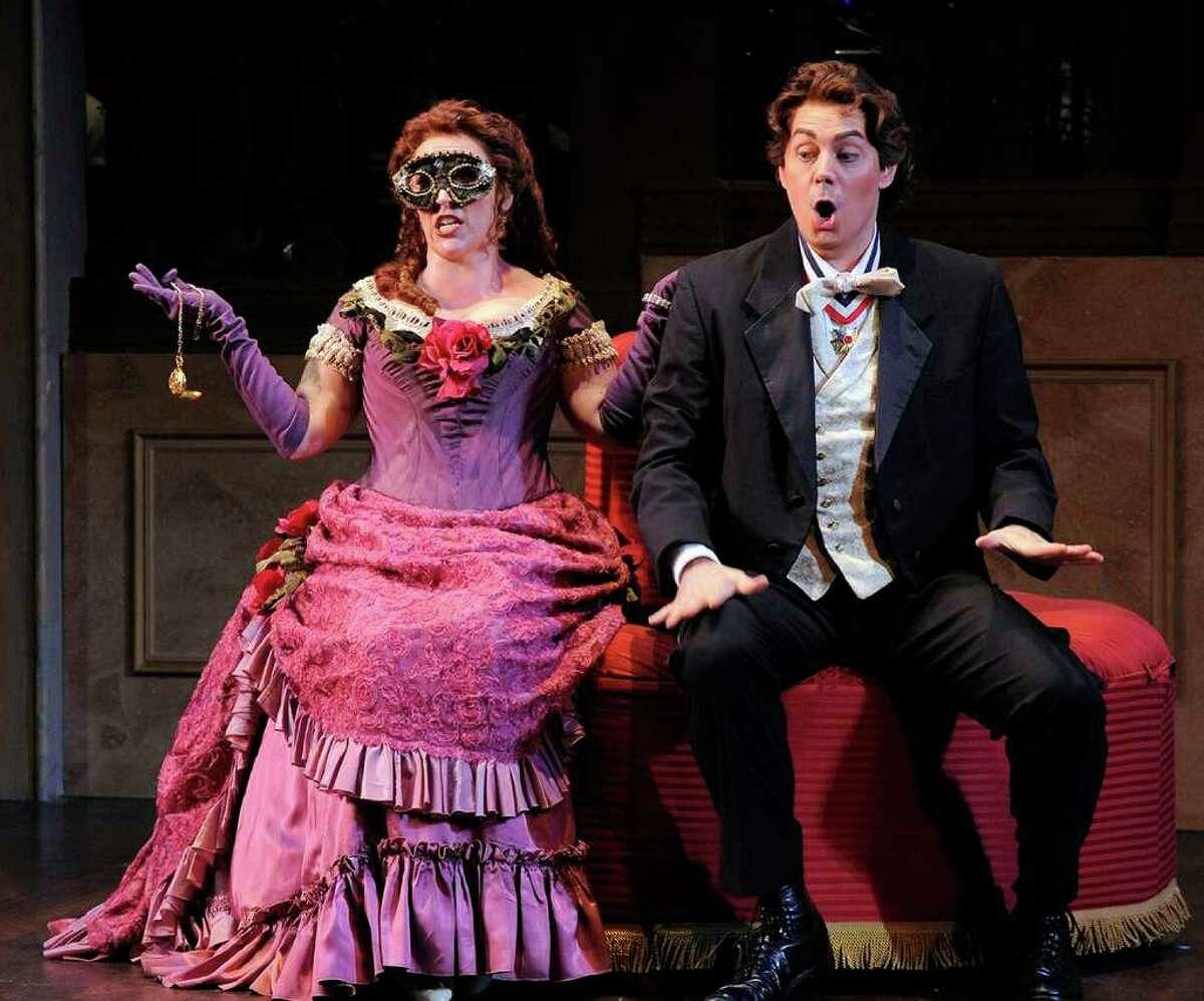 Emily Pulley as Rosalinda and Kyle Pfortmiller as Gabriel von Eisenstein in Opera Saratoga's production of Strauss'