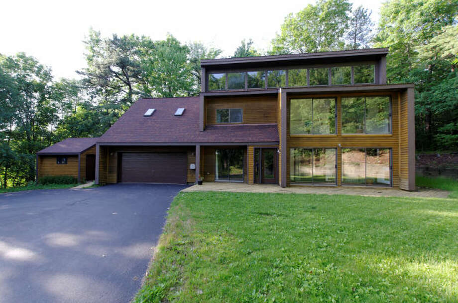 House of the Week: 223 Elliot Rd., East Greenbush | Realtor: Anthony Gucciardo of Hunt Real Estate | Discuss: Talk about this house Photo: Courtesy Photo