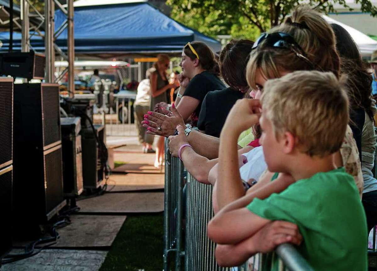 Stamford's Alive @ 5 concert on June 30 was headlined by American Idol's Lee DeWyze.