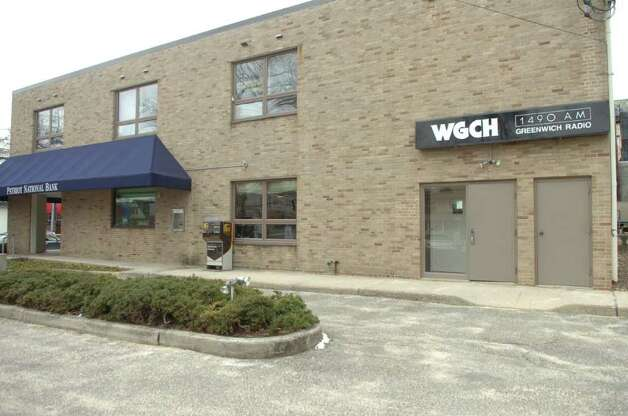 Greenwich's flagship radio station, WGCH-AM 1490, is located on Lewis Street in Greenwich. Photo: File Photo / Greenwich Time File Photo