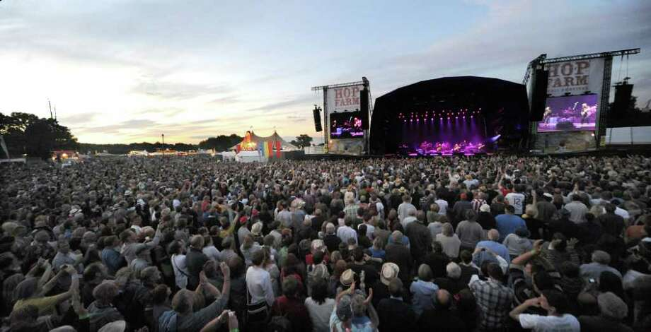 PADDOCK WOOD, UNITED KINGDOM - JULY 01: General view of the main stage during a performance by 'The Eagles' at The Hop Farm on July 1, 2011 in Paddock Wood, England. Photo: Stuart Wilson, Getty Images / 2011 Getty Images