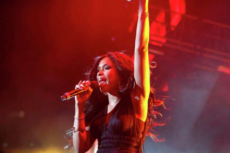Jennifer Hudson performs at the 2011 Essence Music Festival in New Orleans, Friday, July 1, 2011. Photo: AP