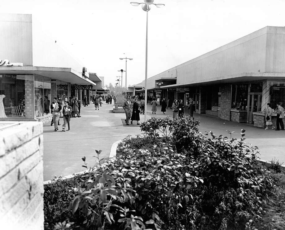 Northgate in Dec. 1950, years before the mall was covered. Photo: Seattlepi.com File