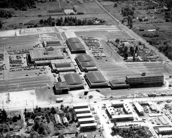 Northgate Mall, Aug. 20, 1950. The view is south with the hospital complex on the far right. The complex was later used for dental offices and was demolished in 2005 after sitting vacant. Photo: Seattlepi.com File