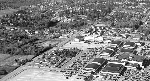 An closer version of an undated photo of Northgate Mall. The photo was likely taken in the late 1950s. Photo: Seattlepi.com File