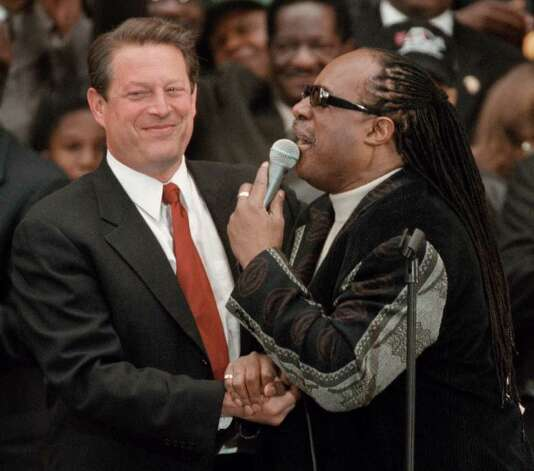 Stevie Wonder, here greeting Gore during a campaign rally on November 2, 2000 in downtown Chicago, ... Photo: Tim Boyle, Getty Images / Getty Images North America
