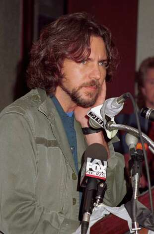 Pearl Jam front man Eddie Vedder publicly backed Nader in this news conference on October 13, 2000 at Madison Square Garden in New York City. Photo: George De Sota, Getty Images / Getty Images North America