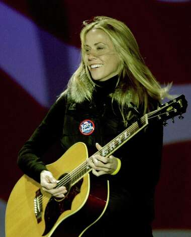 Sheryl Crow performs during that rally. Photo: JEFF HAYNES, AFP/Getty Images / 2004 AFP