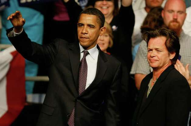 John Mellencamp rallies with Obama on April 22, 2008 in Evansville Indiana. Photo: Mark Wilson, Getty Images / 2008 Getty Images