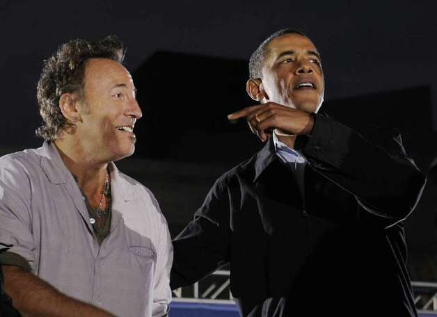 Obama and Springsteen rally in Cleveland on November 2, 2008. Photo: EMMANUEL DUNAND, AFP/Getty Images / 2008 AFP
