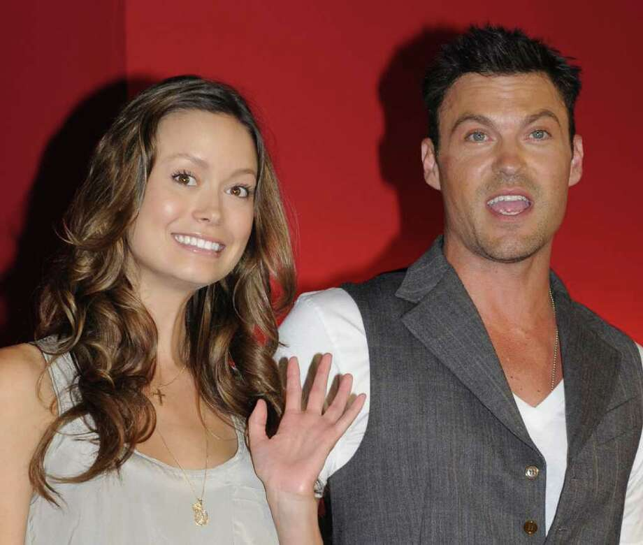 "US science fiction television series ""Terminator: The Sarah Connor Chronicles (Second Season)"" actress Summer Glau (L) and actor Brian Austin Green (R) pose for a photo session during a press conference in Tokyo on May 28, 2009. Warner Home Video, the home video unit of Warner Bros, will release the television library ""Terminator: The Sarah Connor Chronicles (Second Season)"" on June 10, with two formats Blu-ray and DVD in Japan.  AFP PHOTO/Kazuhiro NOGI Photo: KAZUHIRO NOGI, AFP/Getty Images / 2009 AFP"