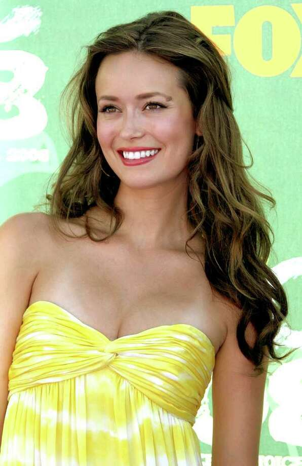 LOS ANGELES, CA - AUGUST 03:  Actress Summer Glau arrives at the 2008 Teen Choice Awards at Gibson Amphitheater on August 3, 2008 in Los Angeles, California. Photo: Frazer Harrison, Getty Images / 2008 Getty Images