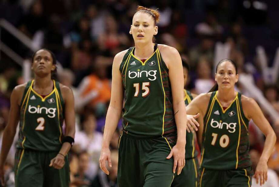 6. 2010 Storm