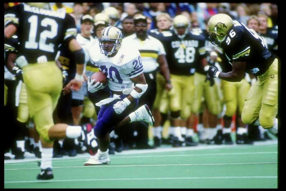 15. 1990 Huskies footballThe Huskies went 9-2 in 1990, scoring an average of 40 points per game. There was no disappointment when the UW made it to the Rose Bowl, either, as they defeated Iowa, 46-34. On Sept. 22, 1990, the Huskies blanked No. 5 USC 31-0, and they also beat ranked Oregon and Stanford teams soundly. The defense was no slouch in 1990, either, as the Huskies boasted the best run defense in the NCAA. Photo: Tim DeFrisco, Getty Images / Getty Images North America