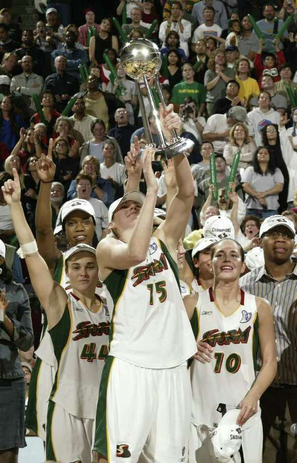 18. 2004 StormUnlike the Storm's 2010 championship, '04 was improbable. The regular season record of 18-16 was good enough for third in the West, but the Storm limped into the playoffs, going 4-6 in the last 10 games of the season. However, things got rolling once the playoffs started, and All-Stars Lauren Jackson and Sue Bird had Seattle poised for a title run. The Storm beat Minnesota and Sacramento to punch a ticket to face Connecticut in the Finals. After falling in Game 1 on the road, the Storm won the next two games at KeyArena and hoisted the championship trophy. Betty Lennox was named Finals MVP, and Anne Donovan became the first female head coach to win a WNBA title. Photo: Otto Greule Jr, Getty Images / 2004 Getty Images