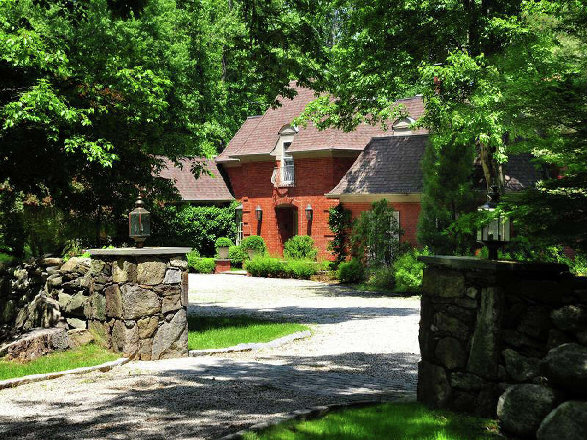 Regis Philbin and his wife, Joy, are making another attempt to sell their house on Meeting House Road in Greenwich, Conn. The couple listed the house for $3.8 million with Sotheby's Real Estate Agency.