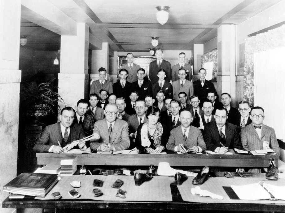 Nordstrom sales staff in the 1920s. (A specific date isn't listed.) Photo: Seattlepi.com File