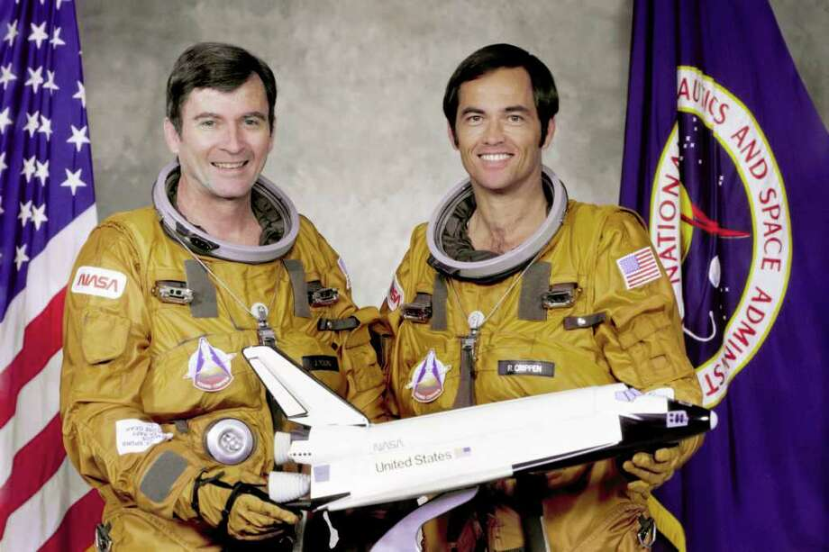 Title  The STS-1 Crew Full Description  The STS-1 crew members are: Commander, John W. Young and Pilot Robert L. Crippen. Keywords  STS-1 Crew Columbia John Young Bob Crippen Subject Category  Astronauts, Space Shuttle, NASA-Center-Directors, Reference Numbers  Center: JSC Center Number: S79-31775 GRIN DataBase Number: GPN-2000-001172 Source Information  Creator/Photographer: NASA Original Source: DIGITAL Photo: NASA / NASA