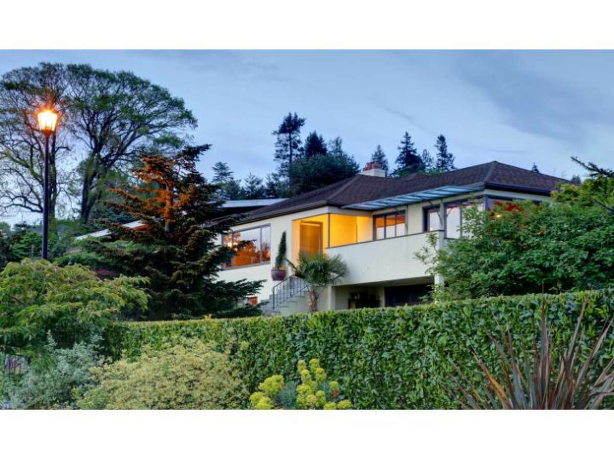 Want to live in style above Puget Sound, between Golden Gardens and Carkeek Park? Check out this home at 2411 N.W. Blue Ridge Drive. The 3,740-square-foot house was built in 1946 and features four bedrooms, 2.75 bathrooms, colorful kitchen tile, a patio with a cool outdoor fire pit, a 6,000-square-foot lot and, of course, views across the sound to the Olympic Mountains. It's listed for $1.4 million. (Listing: www.windermere.com/index.cfm?fuseaction=listing.listingDetailUpdated&listingID=130142378&paginate=true)
