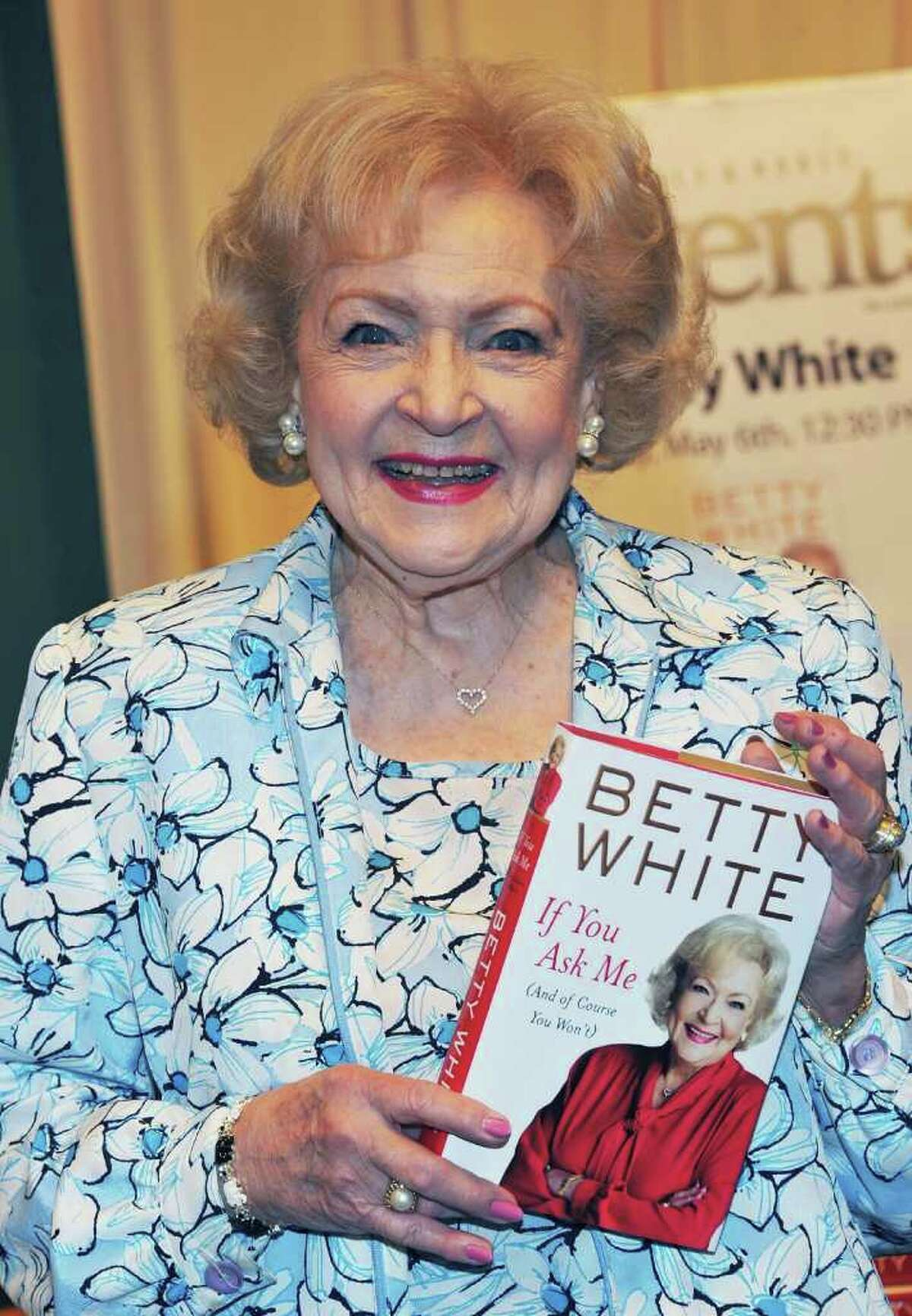 """NEW YORK, NY - MAY 06: Actress Betty White signs copies of """"If You Ask Me (And Of Course You Won't)"""" at Barnes & Noble, 5th Avenue on May 6, 2011 in New York City. (Photo by Slaven Vlasic/Getty Images) *** Local Caption *** Betty White;"""