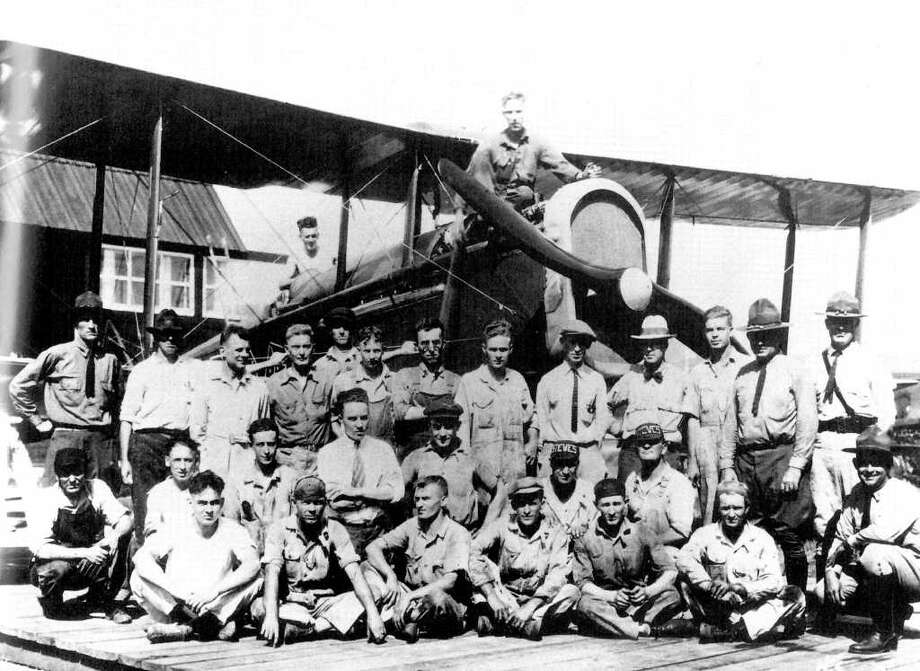 Jimmy Doolittle (second row, standing, third from left) and Kelly personnel, who helped prepare his plane for his 1922 coast-to-coast flight. Photo: USA/Kelly AFB / Bk: A Heritage of Service...