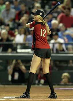 PHOENIX, AZ - JULY 10:  Model Kate Upton takes an at bat during the 2011 Taco Bell All-Star Legends & Celebrity Softball Game at Chase Field on July 10, 2011 in Phoenix, Arizona.  (Photo by Jeff Gross/Getty Images) Photo: Jeff Gross, Getty Images / 2011 Getty Images