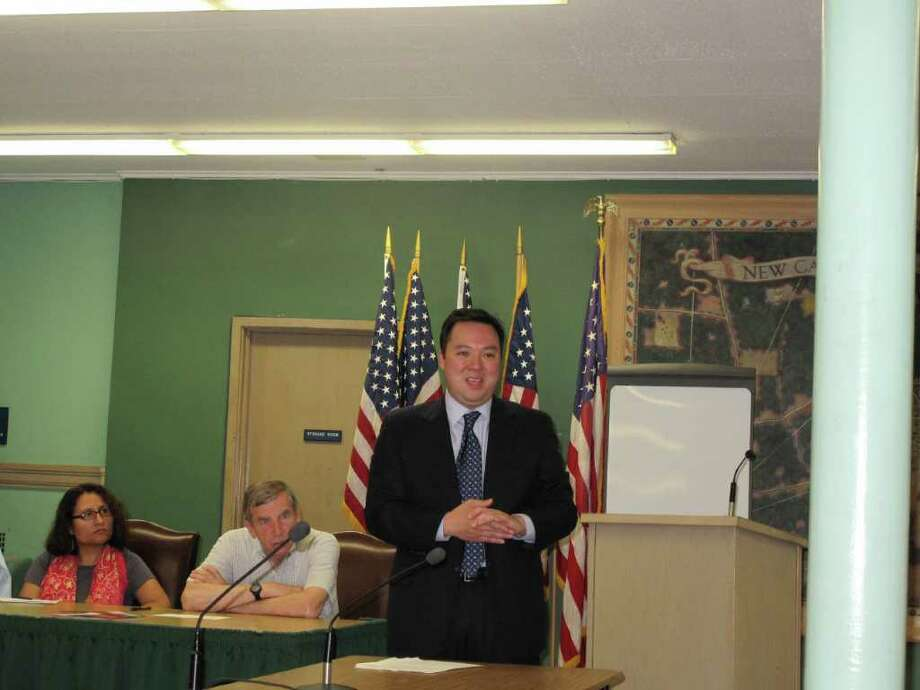 William Tong speaks to the New Canaan DTC about his U.S. Senate hopes. Photo: Paresh Jha / New Canaan News