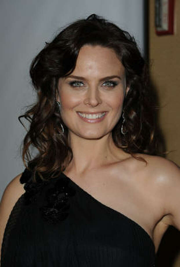 Emily Deschanel and her husband, David Hornsby, welcomed their son, Henry Hornsby, to the world Sept. 21.